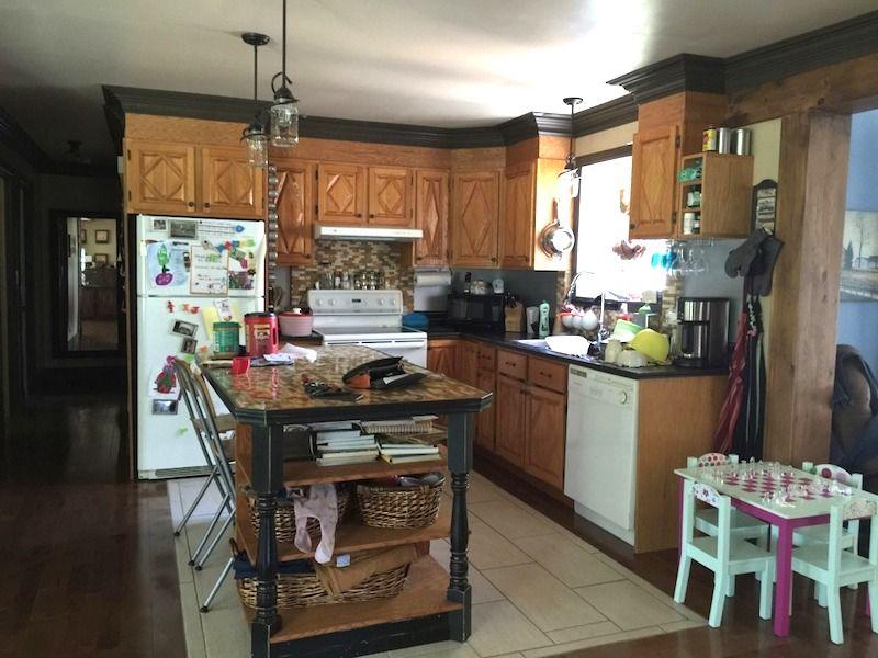 Moderniser une vieille cuisine en bois avec de la peinture - Repeindre Une Vieille Cuisine