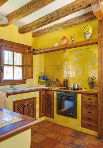 Sotosalbos, segovia. en la cocina office el color asalta las ...