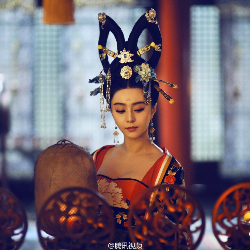 china t'ang dynasty imperial court | traditional asian hairstyles
