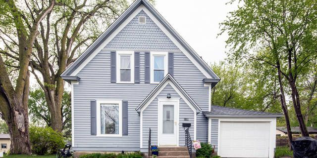 The warm character of yesterday meets today's amenities with this 2 bedroom home in Fergus Falls. This bright and airy home features hardwood floors, updated eat-in kitchen with center island, full bath with new bathtub, attached garage, updated exterior paint and new shingles. Click Here for a 3D Tour: https://my.matterport.com/show/?m=QoLy5L5v3Fu