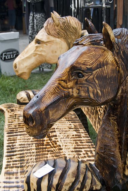 Chainsaw Carved Horse Head Bench Wood Paper