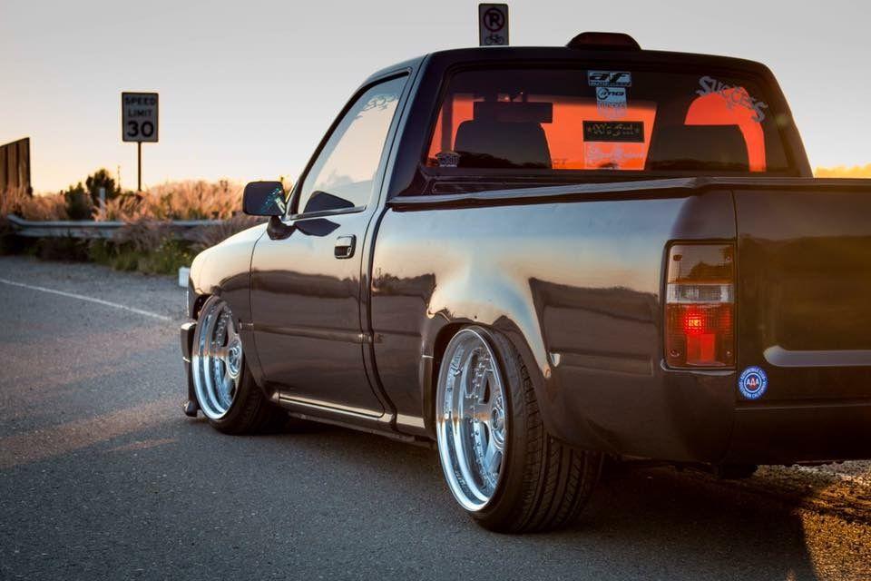 #Toyota #Hilux_MiniTruck #Mk5 #Pickup #SingleCab #Modified #Slammed #Stance #Tucked #Fitment