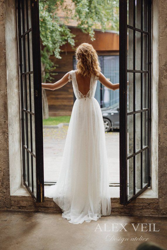 Wedding dress 'GWENDOLINE' / Elegant wedding dress, boho wedding dress, boho chic, bohemian wedding dress, romantic open back wedding dress