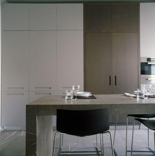 NBCARCHITETTURA, pietra Piasentina in cucina.