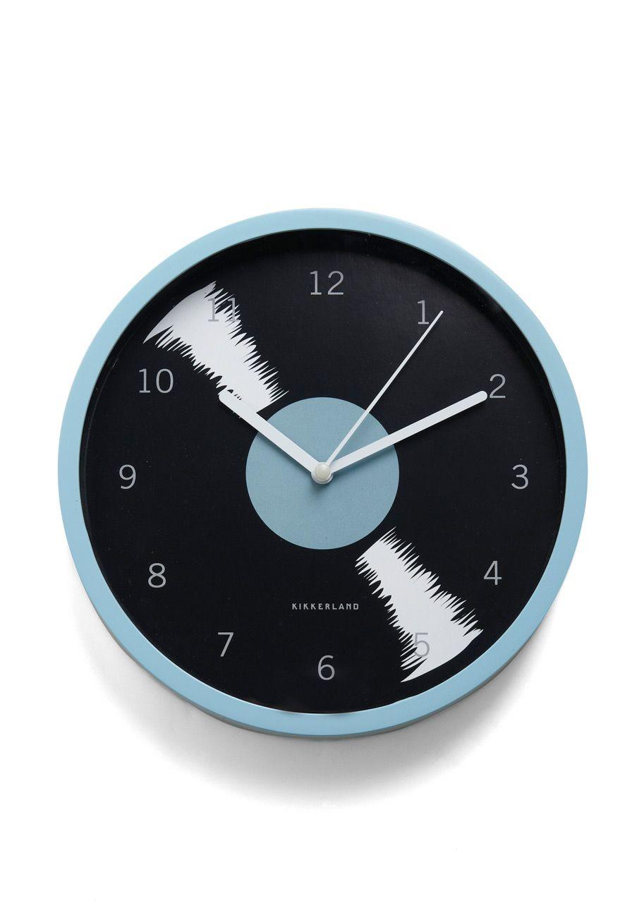 Bold-en Times Clock in Rhythm.\