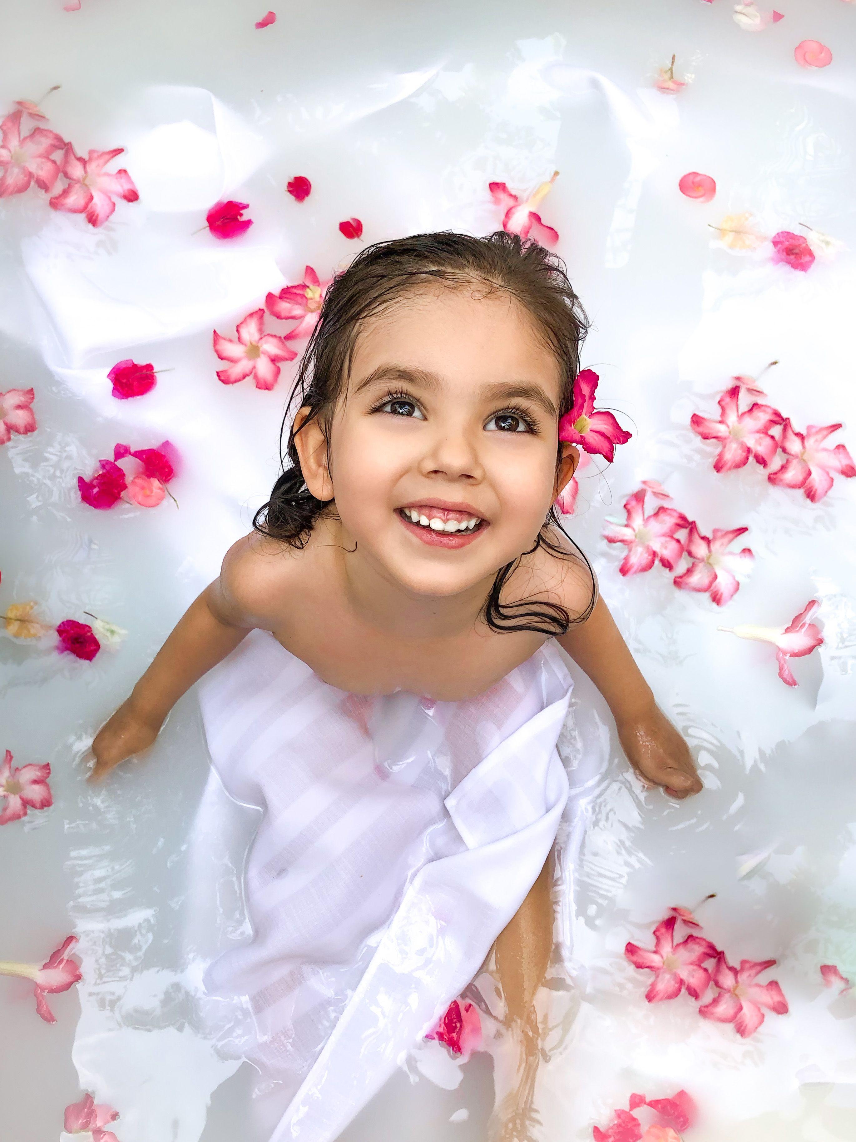 #girlshoot #flowers #flowershoot #kidsposes #kidshoots