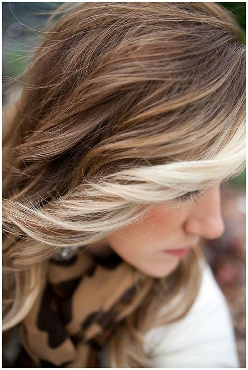 Blonde Streaked Hair Hairstyles And Beauty Tips Carmel Hair