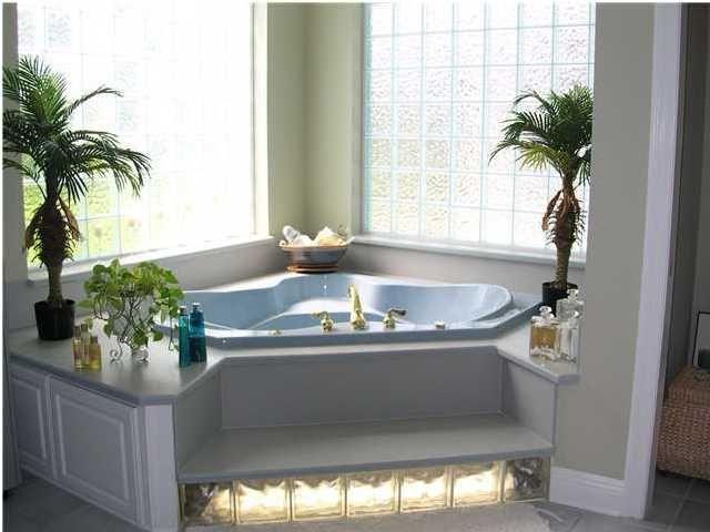 45 Affordable Bathroom Garden Tub Decorating Ideas | Ikea ...