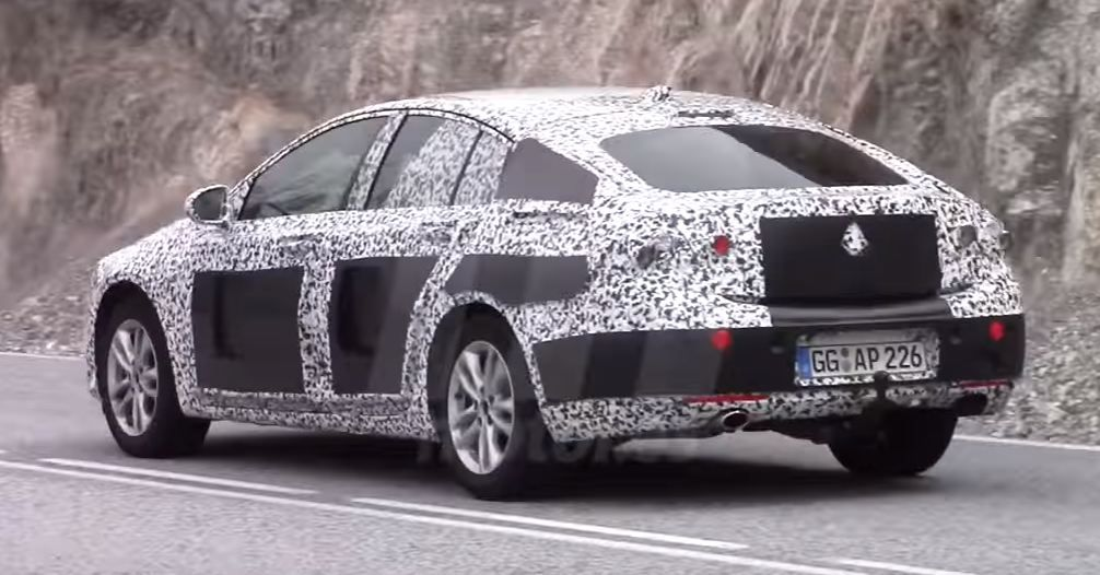2017 Opel Insignia spy shots and video | Car Spy Photos