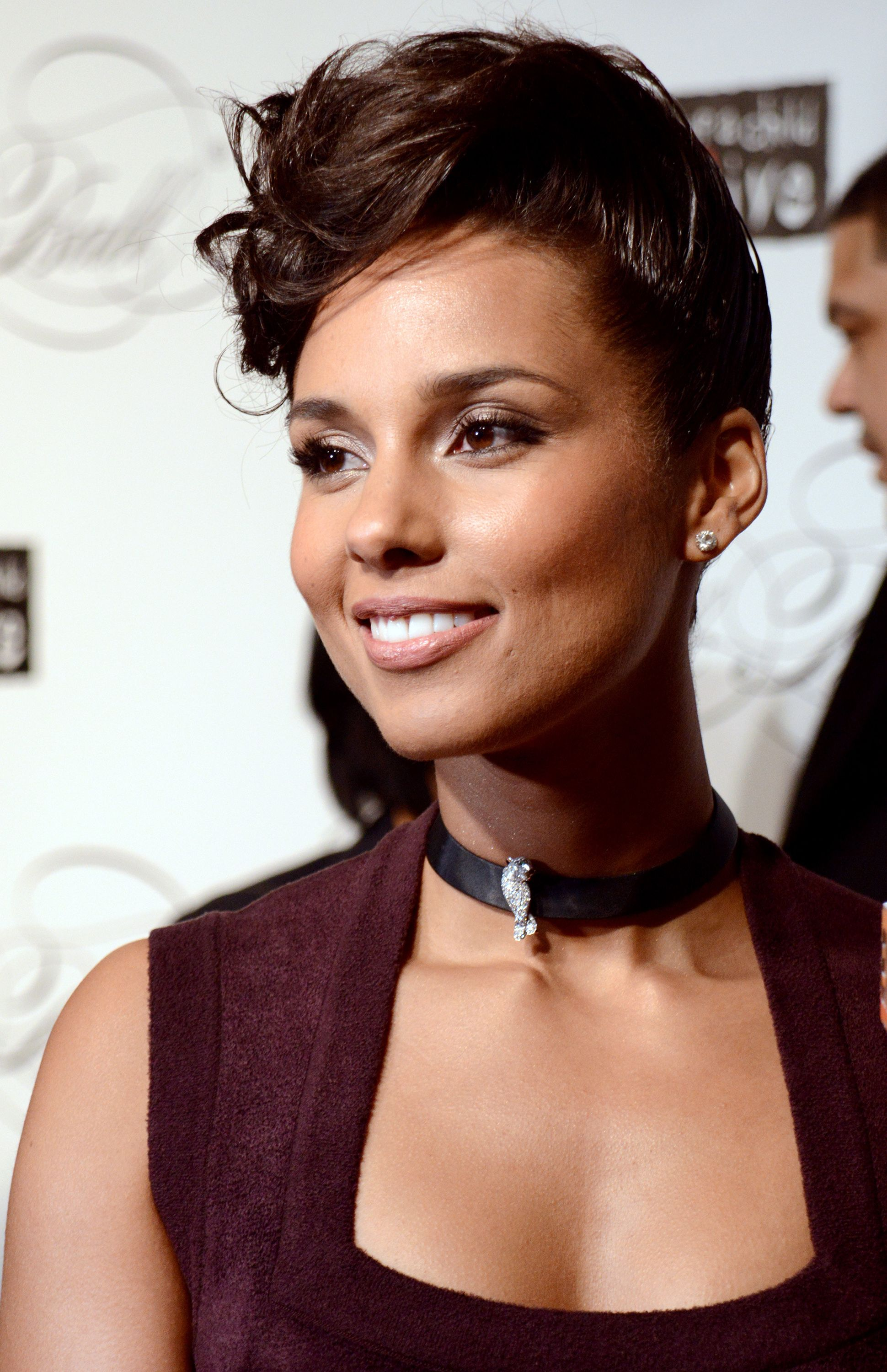 Sensational 1000 Images About Alicia Keys On Pinterest Alicia Keys Hair Short Hairstyles Gunalazisus