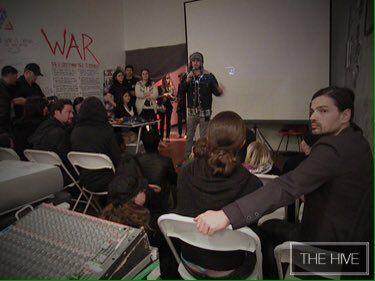 "Enza ₪ ᴓ III ·o. on Twitter: ""#FBF: @JaredLeto speaking at #TheHive during screening of the trailer for @ArtifactTheFilm! @30SECONDSTOMARS @VyRT https://t.co/1KjSps6F5B"""