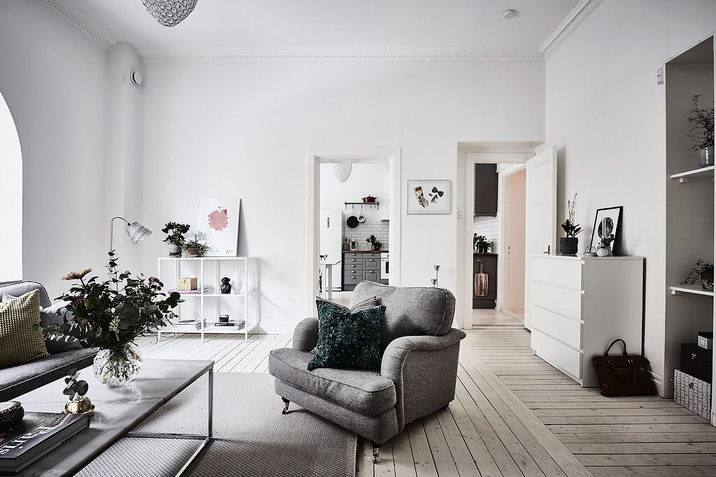 Sitting room in an elegant Swedish apartment
