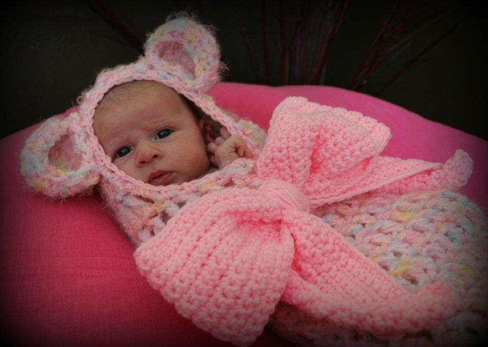Baby swaddler- crochet photo prop cocoon- newborn to 3 months cocoon ...