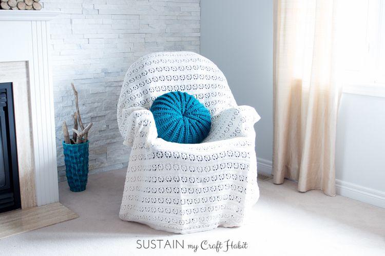 Sand Dollar Crochet Pillow Cover Pattern Free Pattern Pillows And New Round Pillow Cover Tutorial