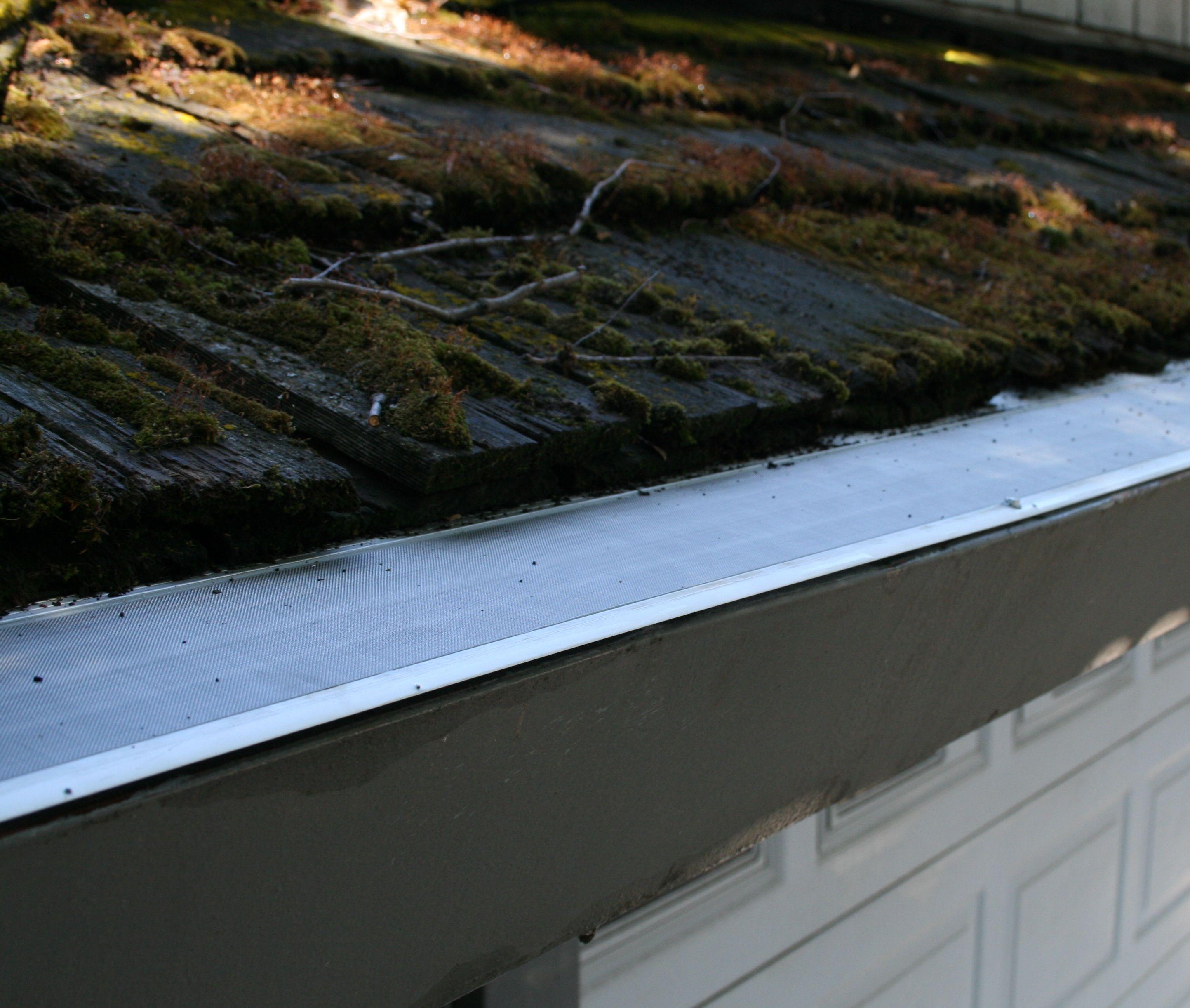 Best Gutterdome Gd45 Installed On A Cedar Medium Shake Roof 400 x 300