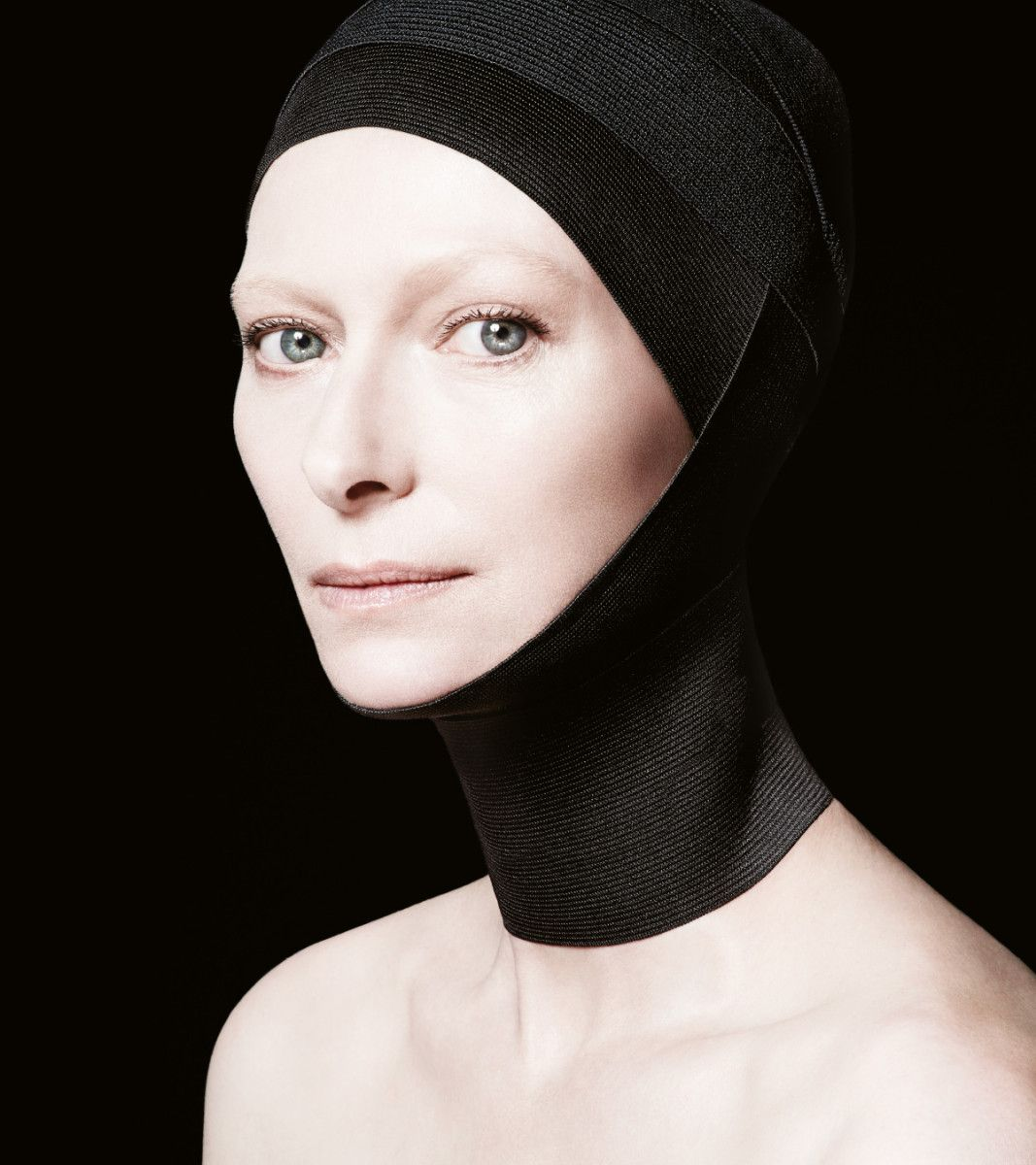 NARS All day Luminous Weightless Foundation. Haven't tried it. Really? One drop? If Tilda uses it, maybe I should.