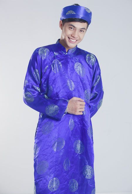 Vietnamese attire | ladies u0026quot;u00c1o Du00e0iu0026quot; | World traditional Attires | Pinterest | Vietnam Lady and ...