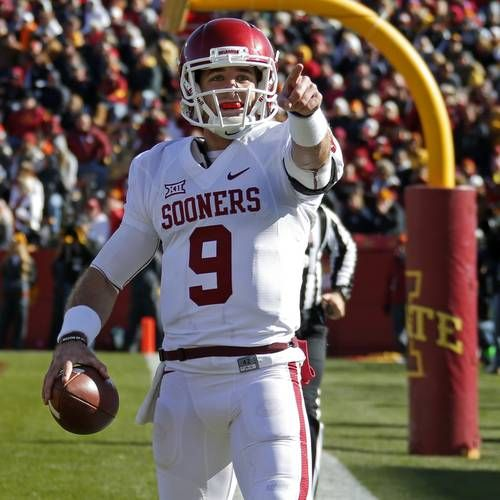 Oklahoma Football Quarterback Trevor Knight Cleared To Play In The Russell Athletic Bowl Football Oklahoma Football Trevor Knight