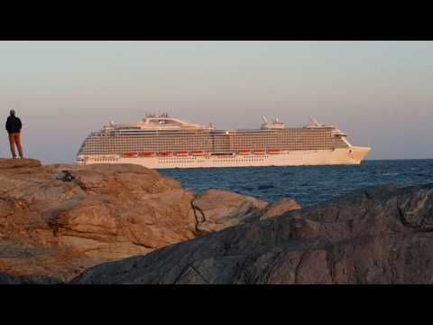 Watch this video on my channel 👀  Regal Princess, Newport, RI - from Beavertail Lighthouse, Jamestown  https://youtube.com/watch?v=fxLwERK7kF4