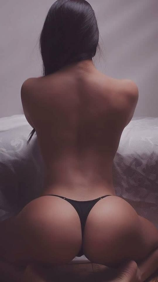 Hot topless women on knees #15