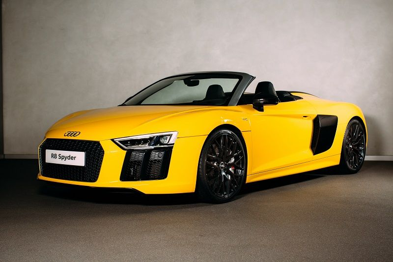Audi Launched R8 Spyder In The Uk The Luxury Car Manufacturer Audi