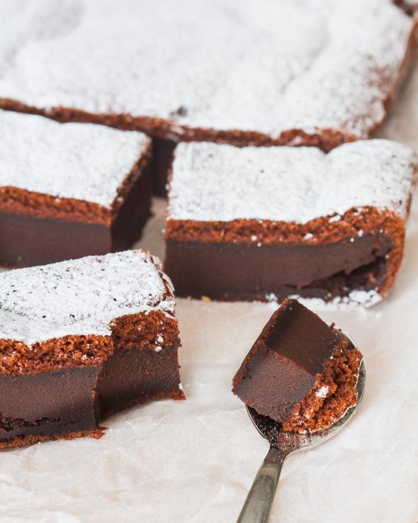 Magische chocoladecake - De magie gebeurt tijdens het bakken....