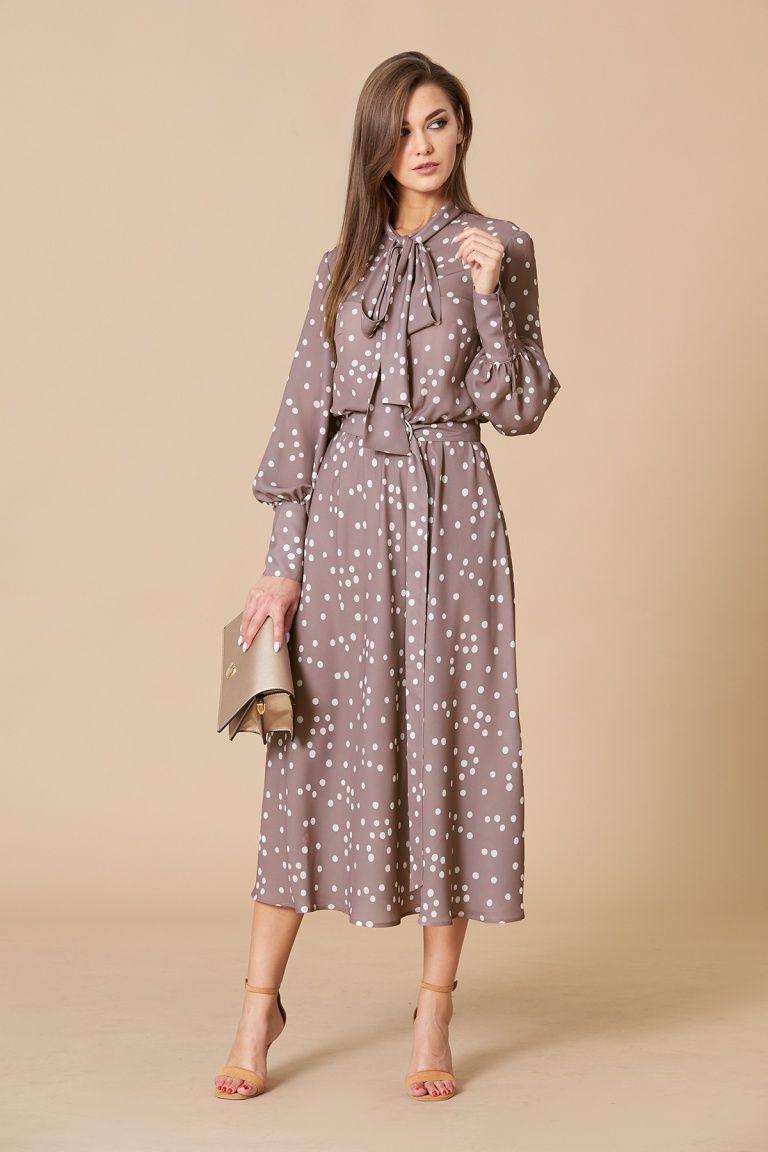 Photo of Романтичное платье в горошек длины макси