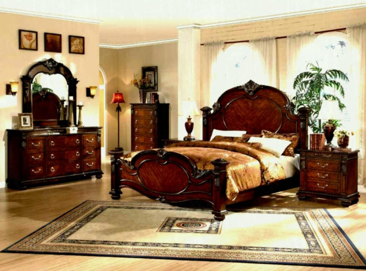 Collezione Europa King Bedroom Set With Bed 2 Nightstands Dresser Mirror King Sized Bedroom King Bedroom Sets Bedroom