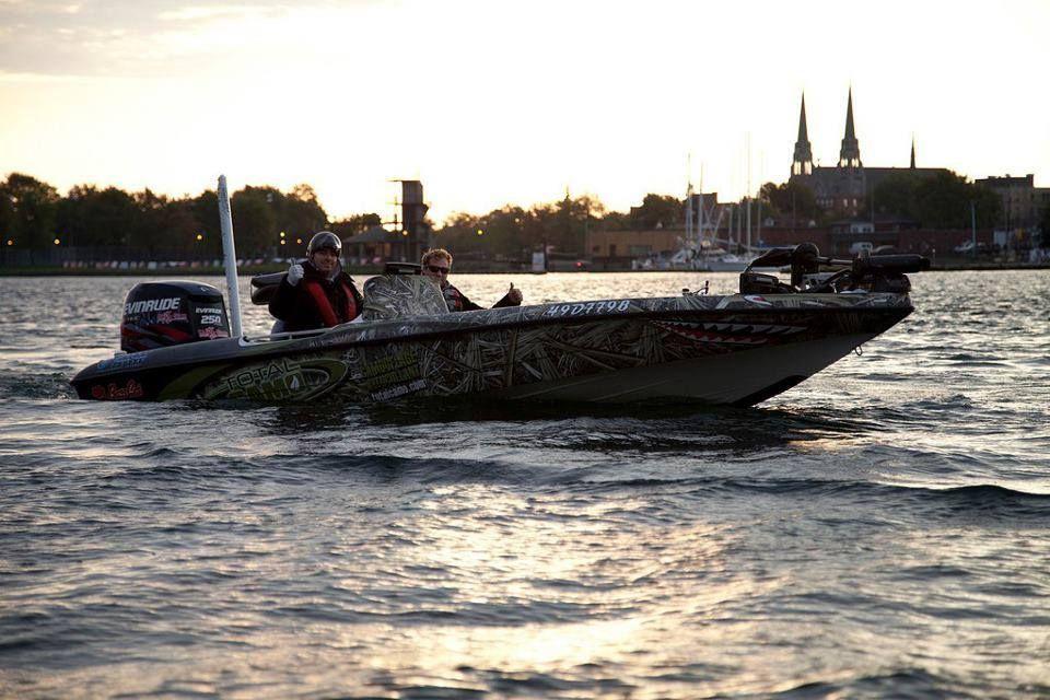 Total Camo Bass boat Bass boat, Boat, Camo