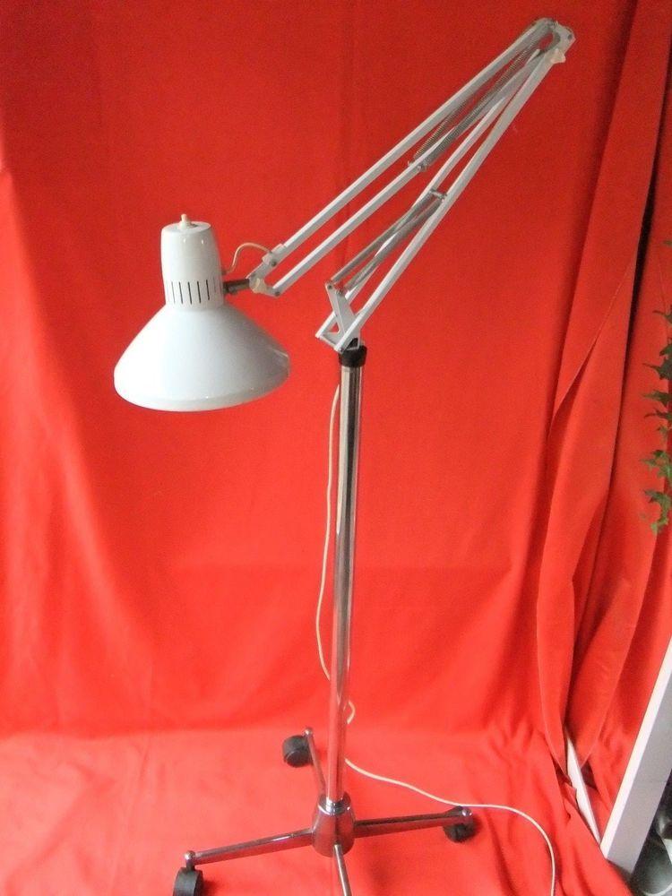 lampadaire ancien, lampe ancienne tôle sur pieds roue LEDU