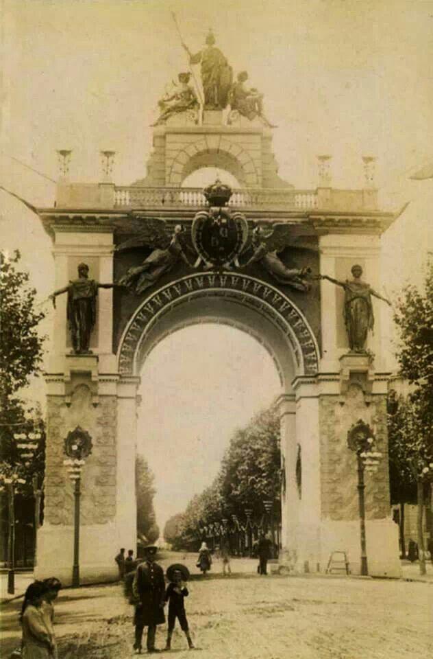 Arc Del Triomf Gran Via Plaza Tetuan Exposició Universal 1888 Spagna Terra Piatta Città