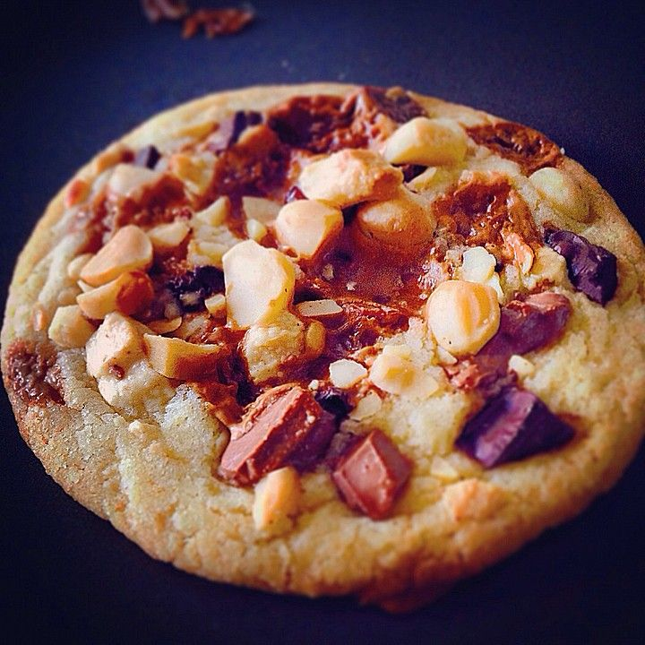 Super Chunk Cookies, ein schmackhaftes Rezept aus der Kategorie Kekse & Plätzchen. Bewertungen: 271. Durchschnitt: Ø 4,6.