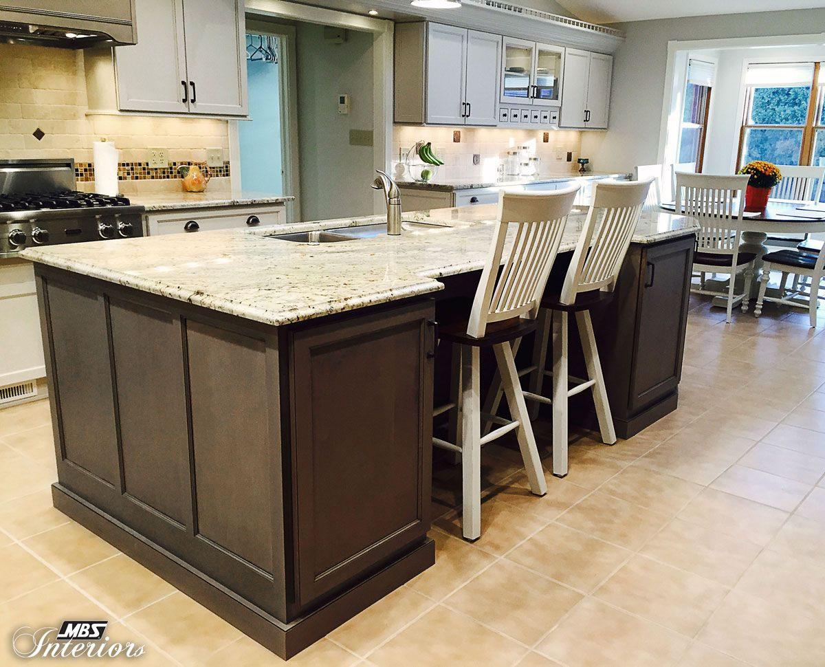 Two Popular Cabinet Colorsu2014white And Grayu2014created A Beautiful Kitchen In  Fairfield,
