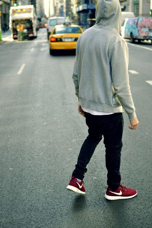 3f2a9e20c53e Chill sneakers tumblr. Chill sneakers tumblr Nike Men Fashion ...