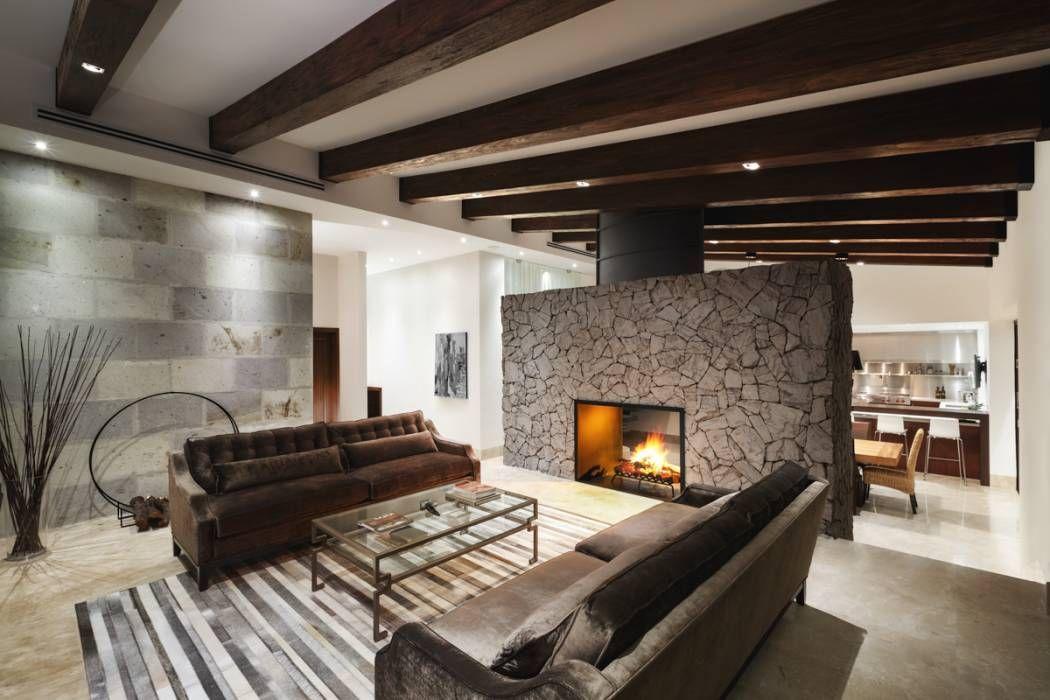 Fotos de salas de estilo moderno  sala y nueva chimenea de leña