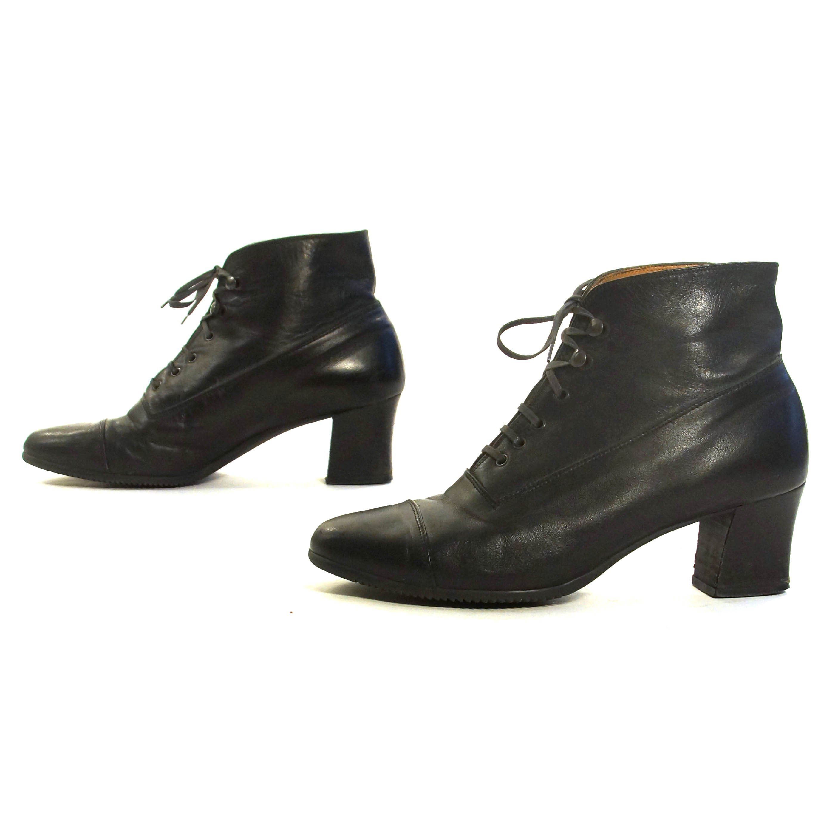 0276dc1f64cb Lace Up Ankle Boots Vintage 90s Short Black Leather Booties with Low Block  Heels Boho Grunge Hipster Preppy Women s Size 9 by SpunkVintage on Etsy