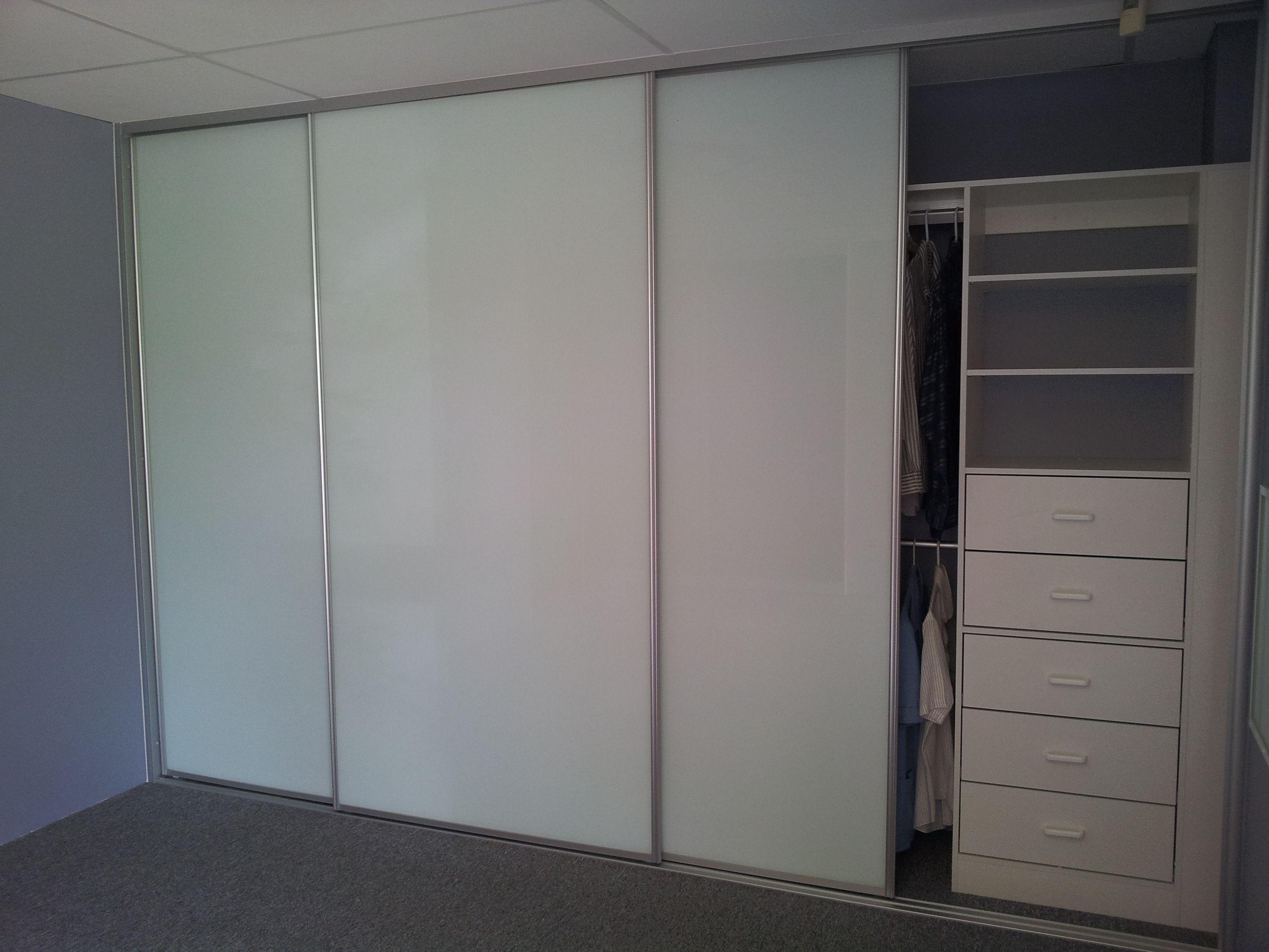 White glass sliding door wardrobe www for White sliding patio doors