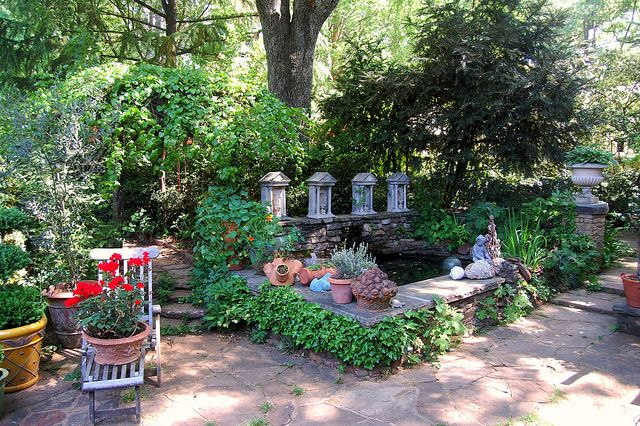 Ryan Gainey S Georgia Garden Waterfall Design Garden Garden Design