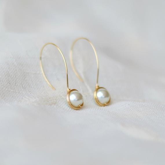 White pearl minimal dangle earrings – Bridesmaids gift – Wedding bridal earrings – Handmade gifts for women
