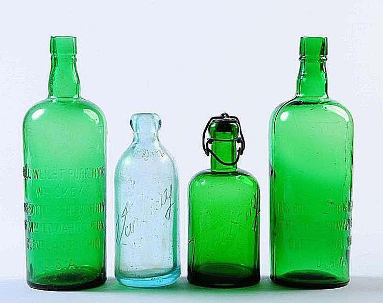 Determine The Value Of Your Old Glass Bottles With Images Old Glass Bottles Old Bottles Antique Glass Bottles