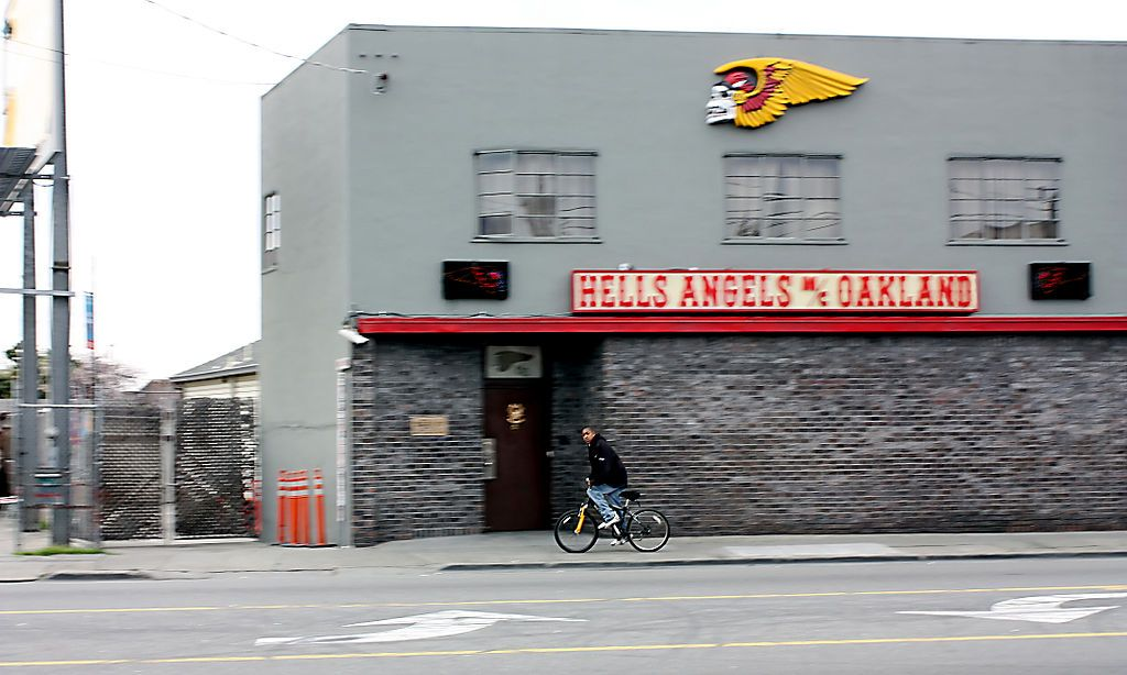 Hells Angels clubhouse in Oakland, California | Artsyfartsy | Hells