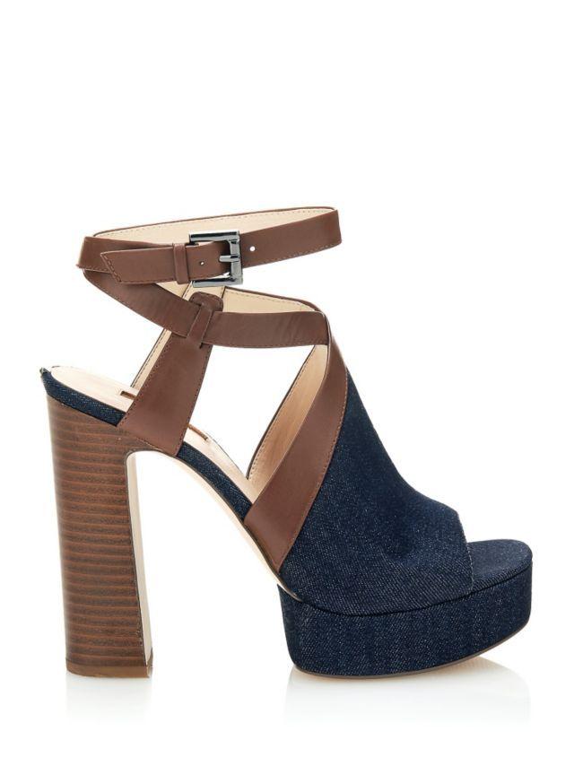 b88d6c0fe604 Explorez Chaussures Guess, Chaussure et plus encore ! SANDALO LYANA IN DENIM  ...