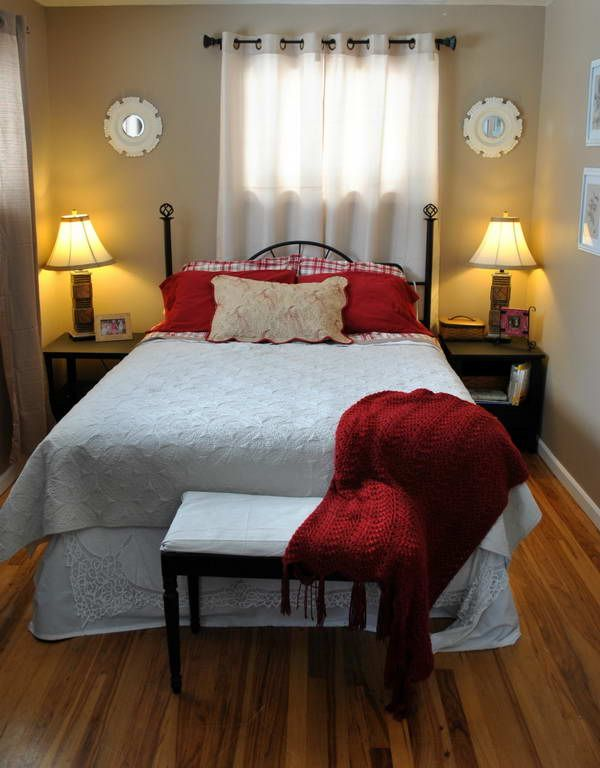 Small Bedrooms Decorating Ideas Unique 4 Smart Tips To Decorate Small Bedrooms  Bedroom Furniture . Decorating Inspiration