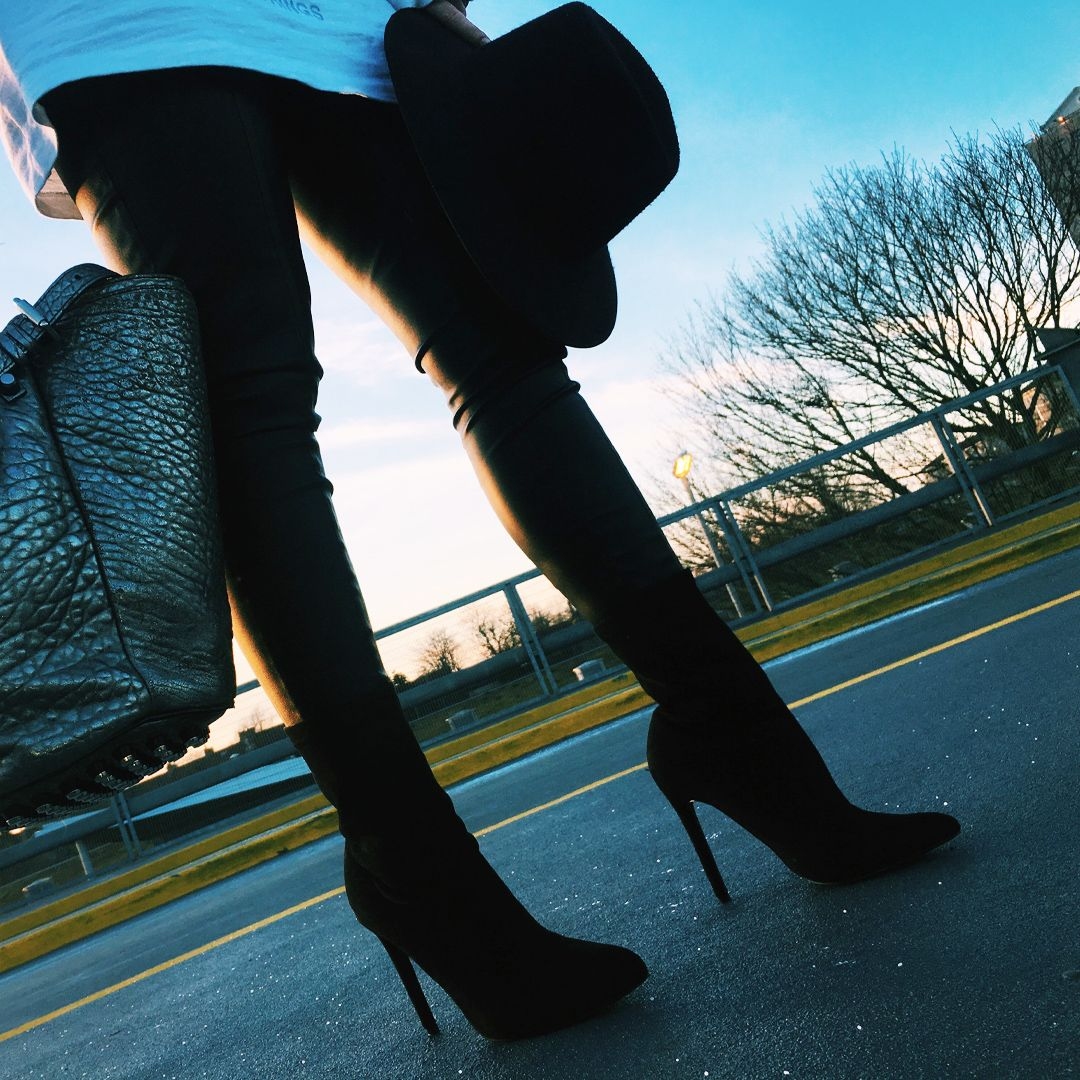 XY LONDON - LEONIE SLIP ON TRAINERS 💗 @xylondonsquad