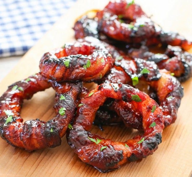 Sriracha Bacon Wrapped Onion Rings | Kirbie's Cravings | A San Diego food & travel blog