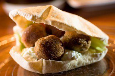 Hyvä falafel-ohje: Pastanjauhantaa: Voihan falafel