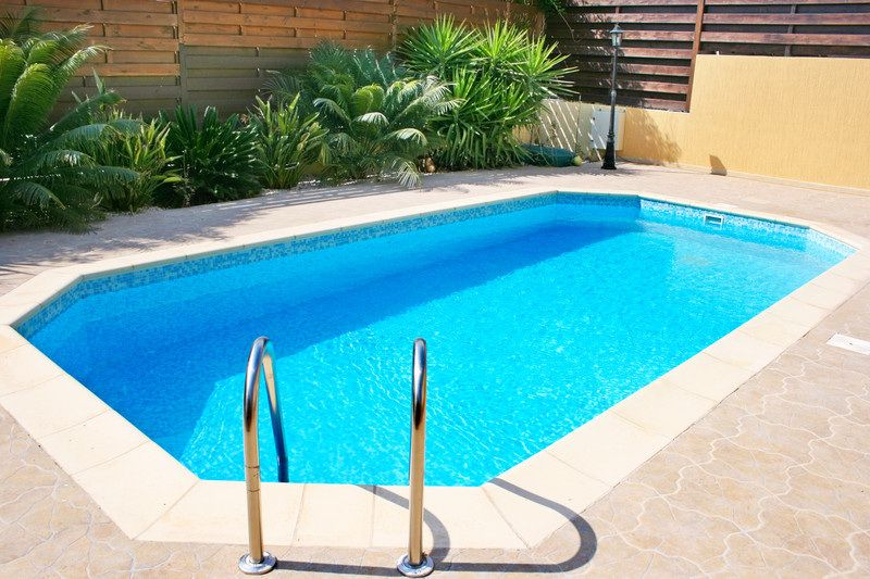 Want To Know How To Save Time And Money Cleaning Your Pool Here Are 7 Tip Top Pro Tips For Keeping Your Cloudy Pool Water Swimming Pool Designs Swimming Pools