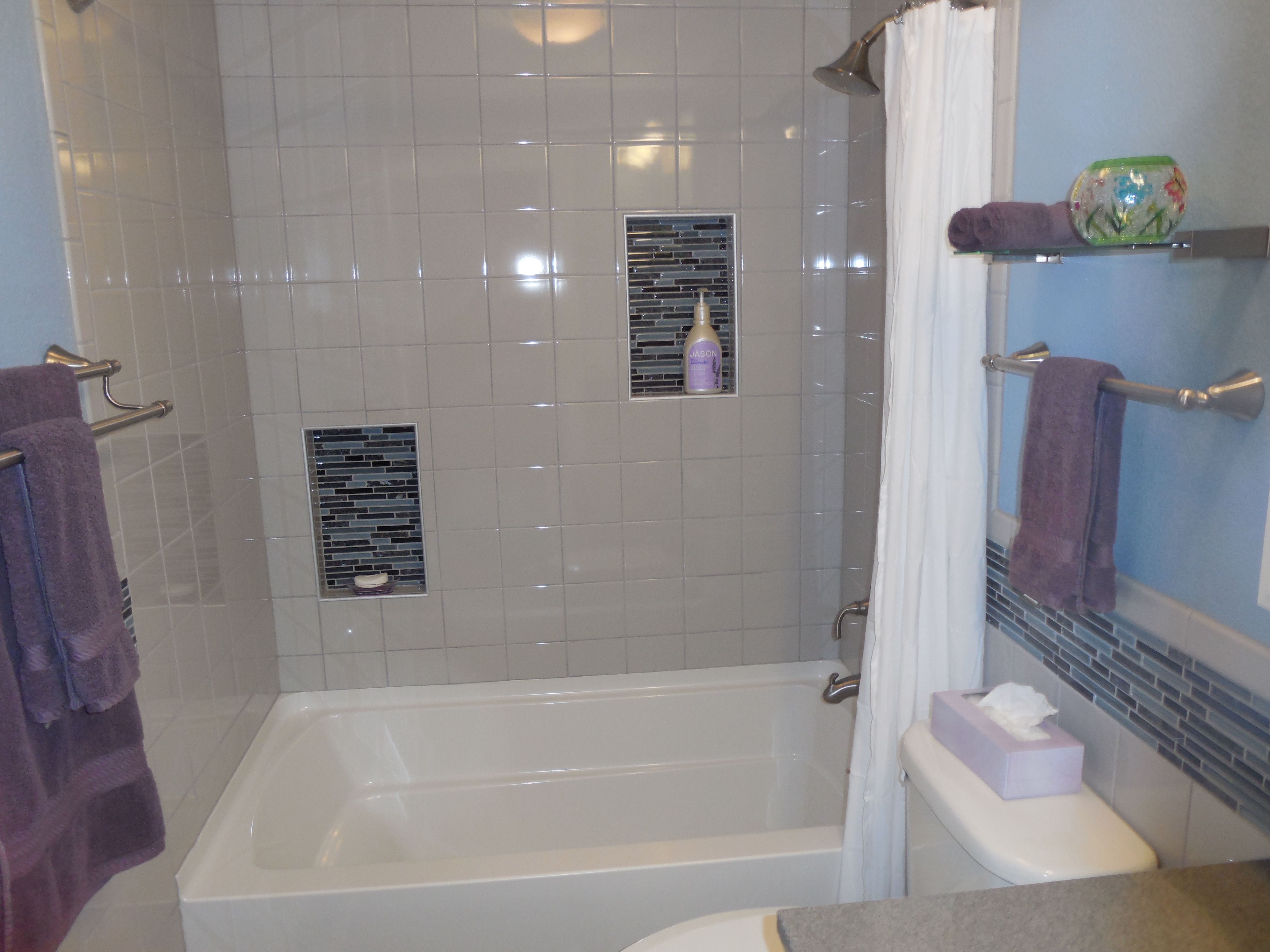 Bathroom remodel gray tile blue accent tile purple - Accent color for gray and white bathroom ...