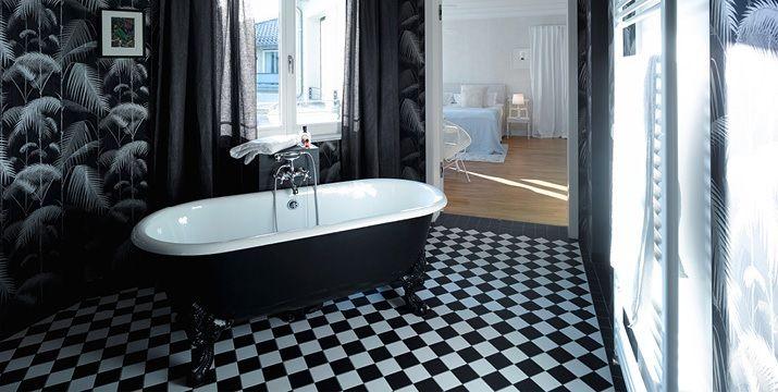 Ein Blick Von Der Galerie Des Zauberhaften Maisonette Apartments