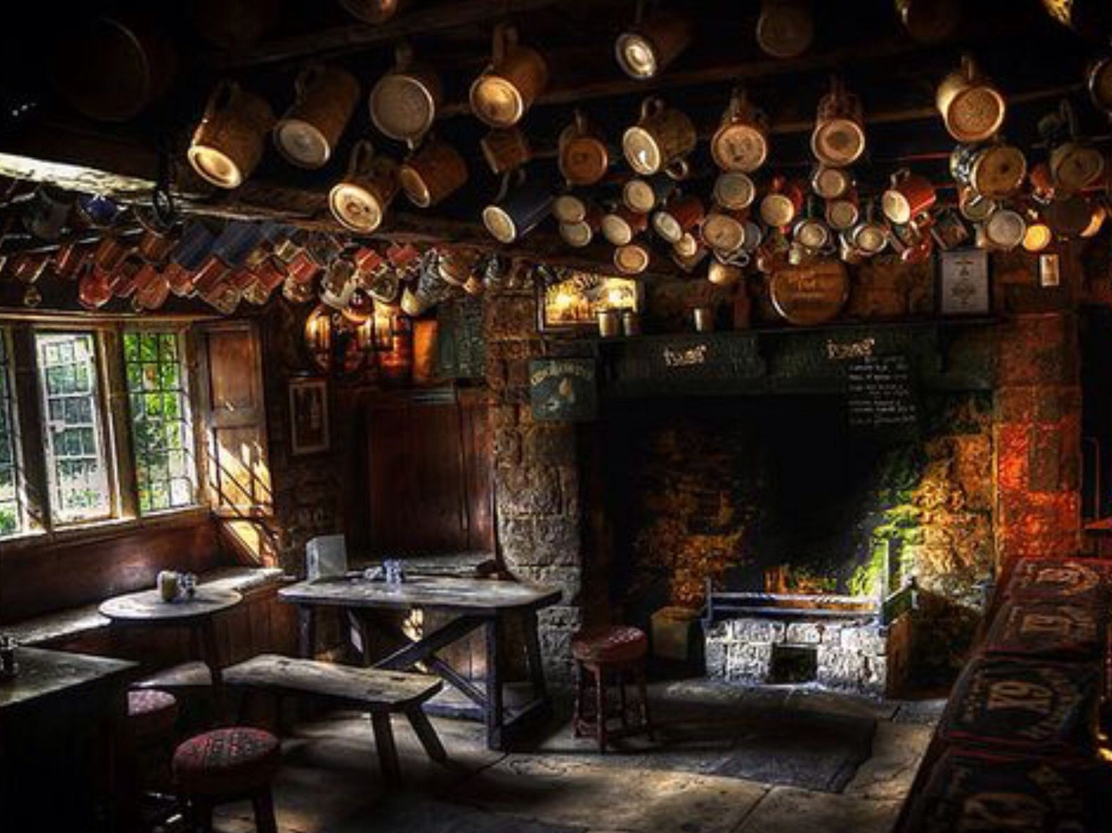 Inside The Falkland Arms, Great Tew, Oxfordshire. | restaurant stuff ...